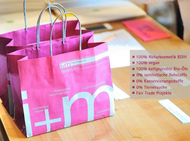 iumn ND1_9046 bags 02